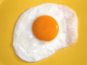 peeno_jajce