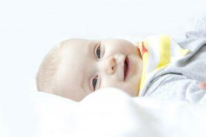 Nasmejan otrok