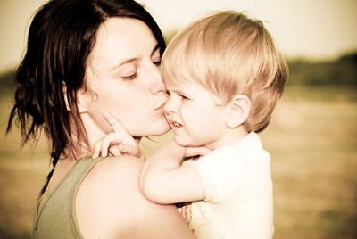 mama_poljublja_otroka
